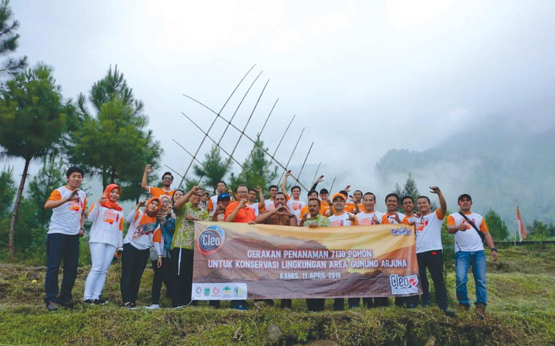 CSR Bidang Lingkungan : Penanaman 7130 Pohon dan 40 Biopori di Lereng Gunung Arjuno Jawa Timur